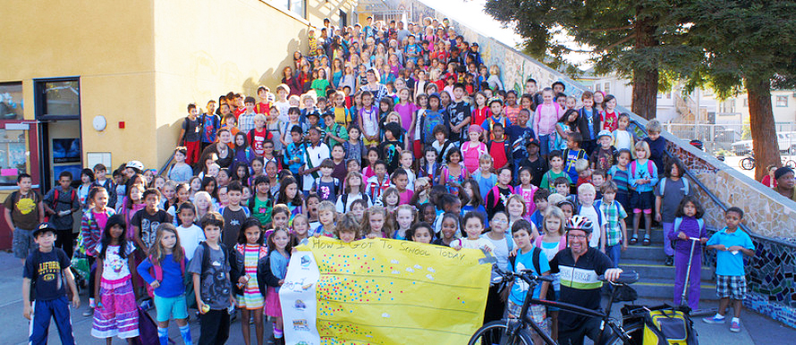 Int'l Walk and Roll to School Day, IWR2SD